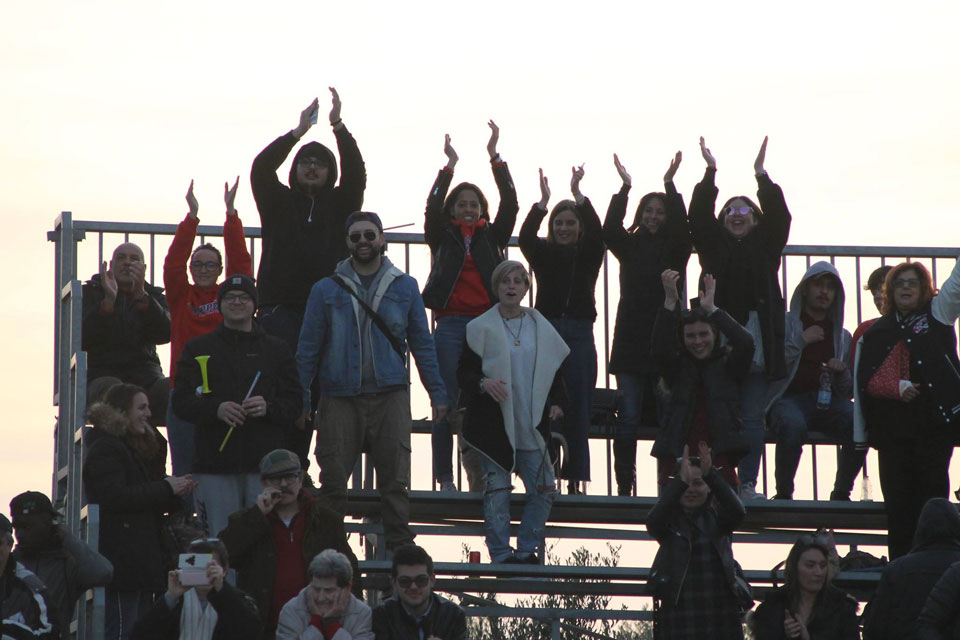 Il pubblico presente all'Athos Martellacci di Cecina