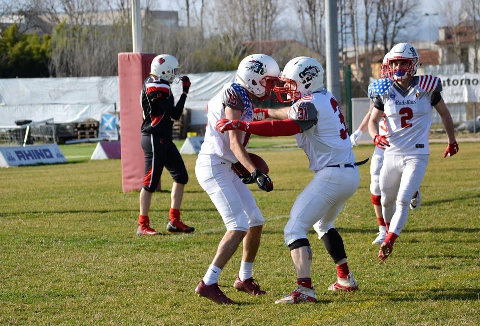 touchdown avvenuto e festeggiamenti redskins FOTO MORENO FABBRICA e Klaus Drittenpreis