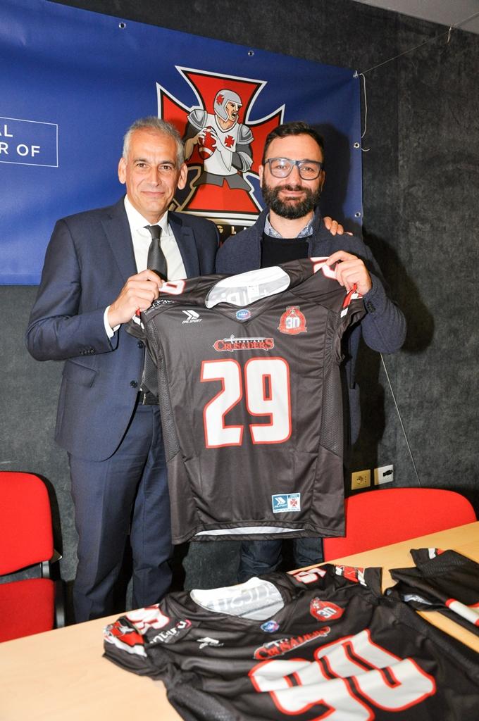 a dx Aldo Canessa con il presidente Garzia (Foto Battista Battino)