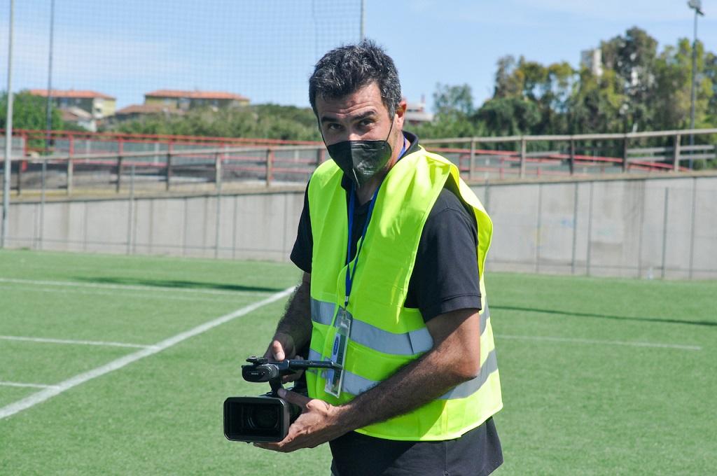 Stefano Sernagiotto con la telecamera (Foto Battista Battino)
